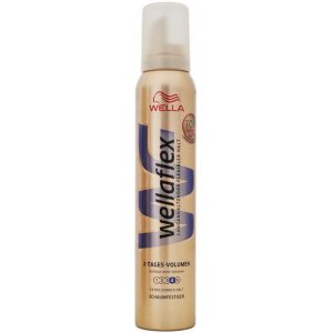 Wellaflex 2-tages Volumen 4 penové tužidlo 200ml